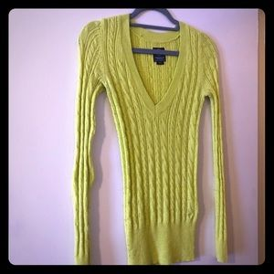 American Eagle lime green v-neck sweater
